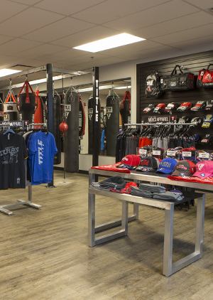Everlast is the champion's choice for boxing gear. Leader in heavy bags, boxing gloves, hand wraps, and equipment.